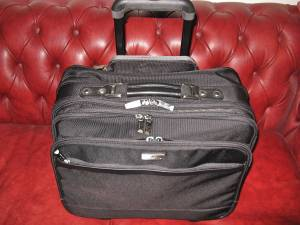 SAMSONITE LARGE ROLLING WHEELED BRIEFCASE LAPTOP OVERNIGHT BAG EX COND (East