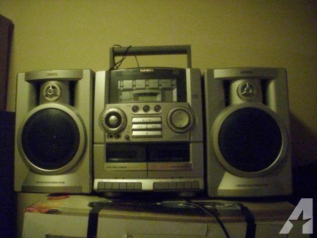 Aiwa CA-DW535 AM/FM Radio Dual Cassette Portable Stereo Boombox-$29!!