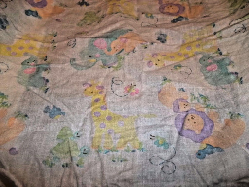 Baby Fitted Bassinet Sheet, pastel colored animals. EUC