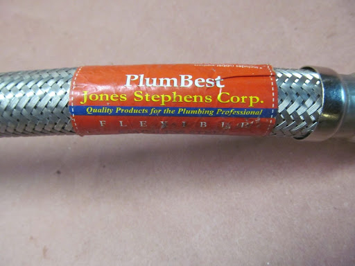 Plumbest Water Heater Stainless Flexable Hose Connection