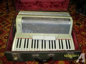 Antique Accordian - $800 (Twin Lakes)