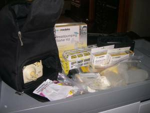 Medela Double Electric Pump in Style Breastpump with backpack (pickerington)