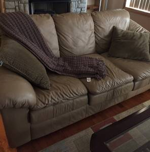 Leather couch and chair for sale (Waynesville)