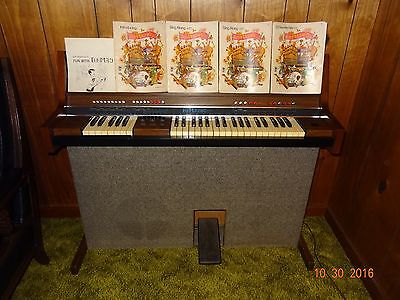Vintage Baldwin Fun Machine Organ Drum Synthesizer 5 Books &