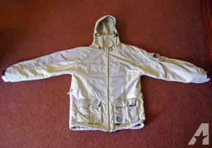 Planet Earth Snowboarding Jacket Size Large , Waterproof