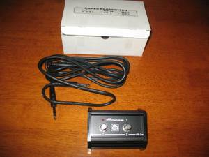 Ampeg afp-2 2 button foot switch with trs cable (westside)
