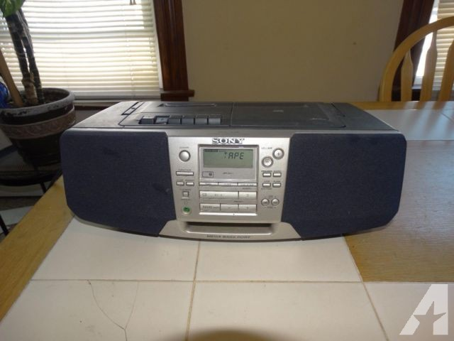 Sony Boombox (CFD-S38) AM/FM-Cassette -Compact Disc CD Portable-$23!!
