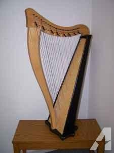 Dusty Strings Ravenna 26-string folk harp - $750 (Belgrade)