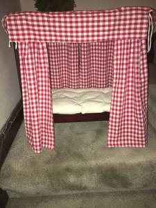American Girl Doll Canopy Bed (Brightwood)