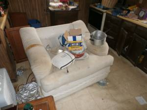 Couch and Chair (deanfield)