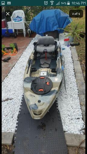 feel free lure 11.5 kayak / sonar pod an trolling motor