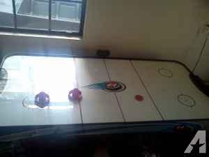 Air Hockey Table - $40 (NW 39th Avenue)