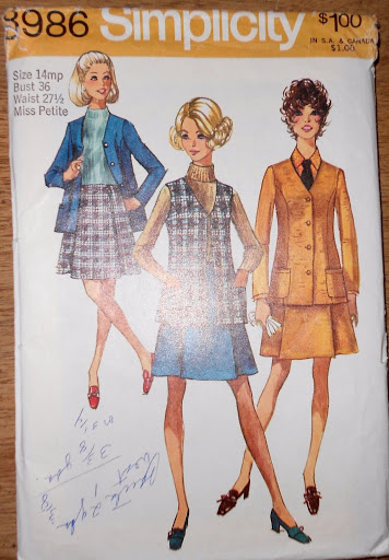 Simplicity Pattern # 8986 UNCUT Skirt Suit with Inverted