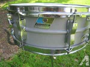Ludwig snare drum - $50 (Pensacola)