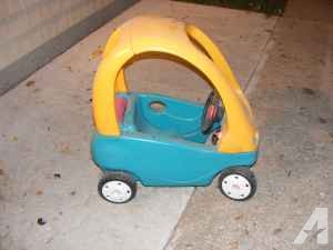 TOY CAR WITH DOOR - $10 (Appleton)