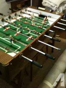 Vintage foosball table, mint condition - $275 (Centerville)