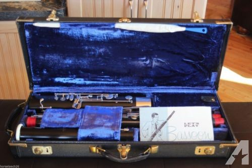 Fox 41 bassoon in like new condition