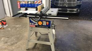Ryobi BT3100 10in Table Saw with Router (Little Rock)