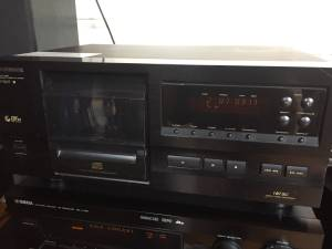 PIONEER CD PLAYER (Matthews)