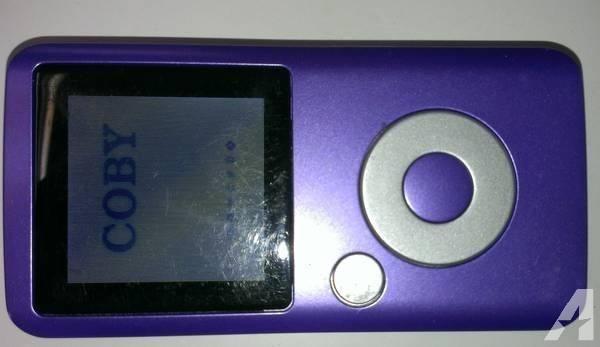 Coby MP600 4 GB Digital Media Video WMA MP3 Player FM Radio LCD Displ