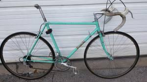 1973 Bianchi Road Bike (310 N DERBIGNY)
