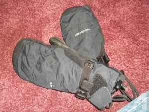 CHEAP Snowboarding Clothing Accessories CHEAP - $30 (Salem area)