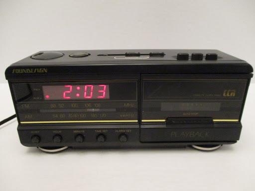 Vintage Soundesign Cassette Clock Radio Alarm Clock AM/FM