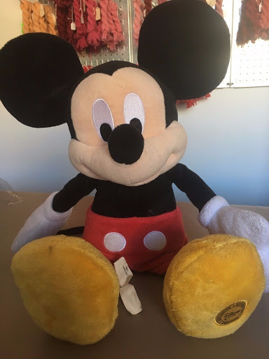 DISNEY - MICKEY MOUSE - Plush Stuffed Animal 17