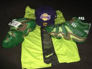 Size 11 Kobe green Adidas w matching shorts/shirt $99 (Aventura hallandale