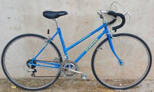 Schwinn Ladies Vintage 10 Speed Road Bike - Medium - Great Condition (Central)