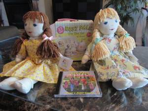NEW: Best Pals Rag Dolls w/ Tea Set & Travel Case + Music CD (Pataskala)
