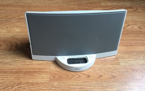 BOSE SoundDock Digital System iPod/iPhone White Desktop