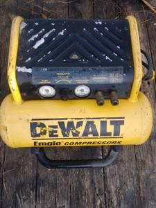 Dewalt Air Compressor,works great (Conway)