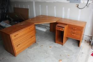 Free 4 piece Corner Desk (Franklin Central)