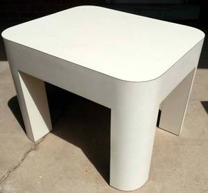 Custom Made STURDY Mod or Mid-century Modern White End Table - Ex Cond (Denver -