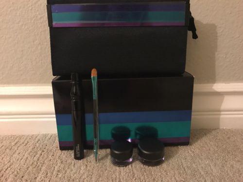 Mac Make-up Set