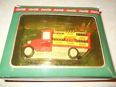 1992 Coca-Cola Town Square Collection Coca-Cola Delivery Truck 7930