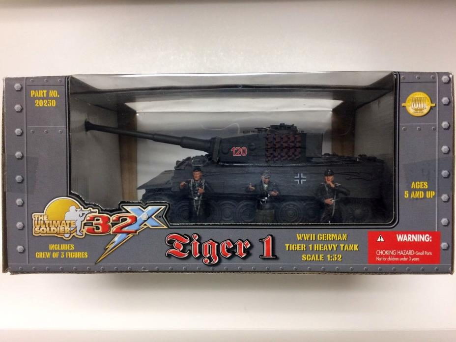 21st Century Toys 1/32 WWII German Tiger 1 Heavy Tank with 3 Crew Figures MIB