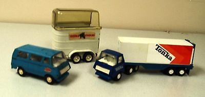 Lot of 3 Tonka vehicles mini tractor trailer, mini passenger van, horse trailer