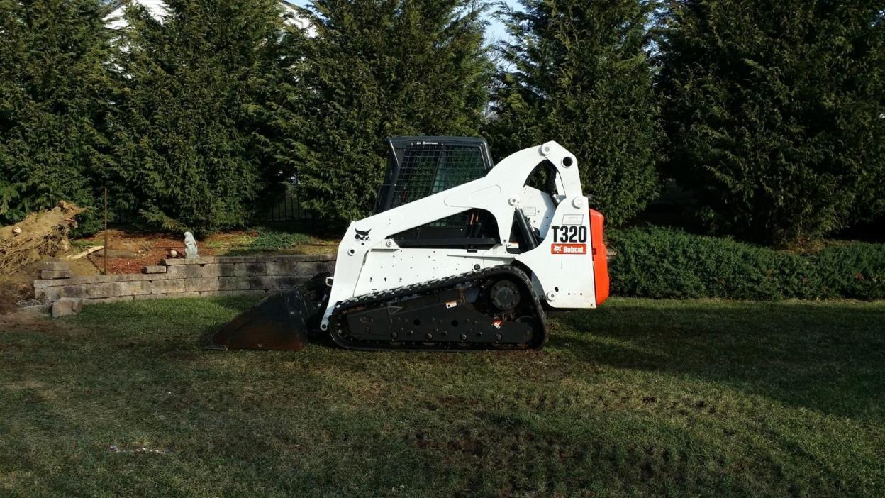 2011 t320  bobcat