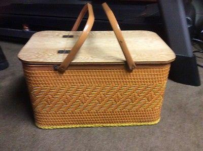 Redmond Picnic Basket