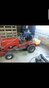 GARDEN TRACTOR W SNOW BLOWER ETC (Columbia)