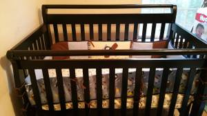Baby Crib like New (Charlotte)