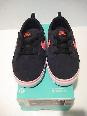 NEW Nike  SATIRE II TD Size 10c Toddler Shoes  743187 061 Black/Hot Lava
