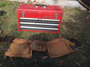 Craftsman tool box and apron (Orange park)