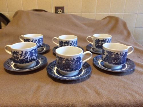 Blue Willow Churchill Tea Cups And Saucers