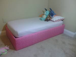 Toddler Bed- Mattress INCLUDED (Bemidji)