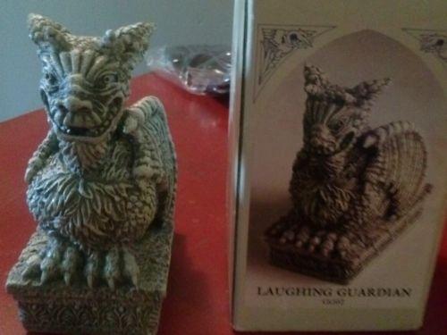 Gargoyle - Laughing Guardian statue