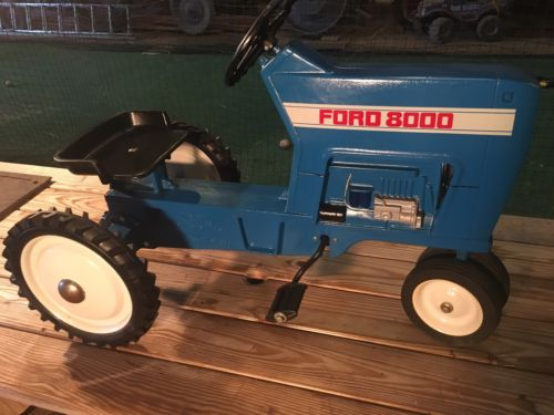 Ford 8000 Pedal Tractor, F-68, Great Shape.....New Holland, I.H., John Deere