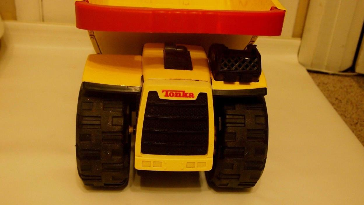 Collectible, Toy Truck, TonKa, Yellow, 2004